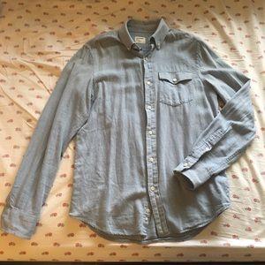 Old Navy long sleeve light blue button down shirt